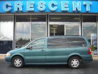 LOCAL TRADE! Cloth 7 Passenger Seating, Cass/CD Stereo,