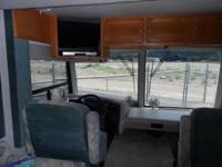 1997 Safari Trek Motorhome 28 feet Very Good Condition