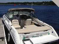 This 1997 Sea Ray 230 is powered by a 5.7 liter