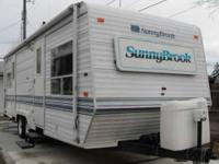 1997 SunnyBrook 26FK Travel Trailer in Excellent