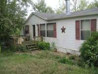 a great deal on this 2004 28x52 double wide 3br 2 ba