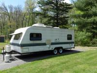 1997 Fleetwood Wilderness M-23LS. Length 23FT- Hardly