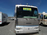 WHAT A BEAUTY!! 1998 Gulfstream Tourmaster Diesel
