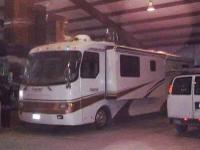 Type of RV: Class A - Diesel Pusher Year: 1998 Make: