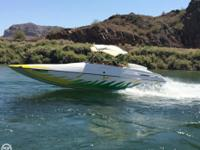 This 1998 Advantage 22 Sport Cat is powered by a single
