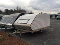 Trailers Accessory 1739 PSN . Clamshell trailer in good