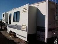Avion Westport 1998 5th Wheel 3 Slides Travel Trailer