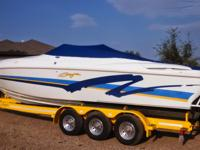 1998 Baja 302 Features: Twin 7.4 Litre 454 EFI engines
