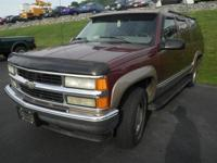 Options Included: N/AThis 1998 Chevrolet Suburban 1500