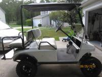 1998 club car DS with 6 inch jakes lift.  Heavy duty