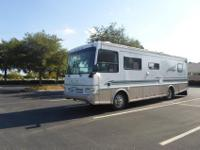1998 Coachmen Santara 35 ft smoke free Diesel Pusher