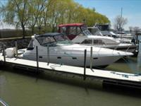 1998 Cruisers Yachts 3375 Esprit Boat lies in Sandusky,