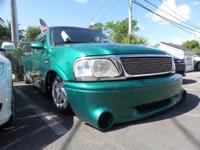 Exterior Color: pacific green (cc/met), Body: Extended