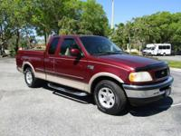F-150 SUPERCAB! LARIAT PACKAGE! LEATHER SEATING! LOCAL