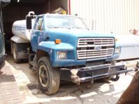 1998 Ford Ford 800 Water Truck Ford Water truck 2000