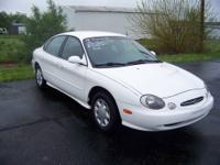 1998 Ford Taurus SE, 3.0L V-6, 111,245 miles, cruise,