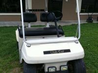 FOR SALE A 1998 CLUB CAR GOLF CART $900.00 OBO!!!! NICE