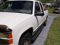 1998 G M C 1500 SIERRA EXTENDED CAB. This truck has