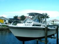 1998 Grady-White 268 Islander Location: Punta Gorda FL