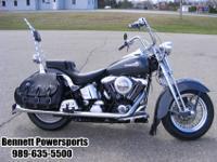 1998 Harley Davidson FLSTS Heritage Softail ClassicThis