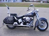 1998 Harley Davidson FLSTS Heritage Softail Classic