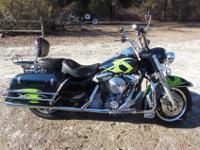 1998 ROAD KING POLICEMIDNIGHT EMERALD GREEN WITH SAVAGE