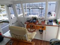 The perfect liveaboard for a cruising single or couple.