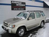 Options Included: 4 Wheel Drive, Alloy Wheels, Luggage