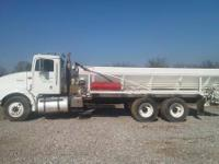 This International spreader truck is in good condition,