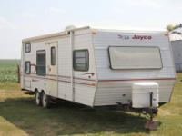 1998 Jayco Eagle 264 Bunkhouse Travel Trailer. Water