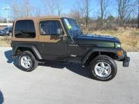 J118AI: FUEL EFFICIENT 20 MPG Hwy/18 MPG City! SE trim,