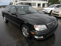 JUST TRADED IN! This 1998 Lexus LS 400 is currently