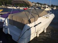1999 Mariah Z260, Cruiser, with bimini top, sleeps