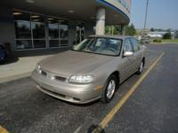 Options Included: N/AClassic luxury! 1998 Oldsmobile