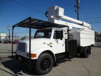 1998 Other 98' International 4700 Tree Truck Chipper