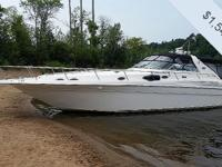 Meticulously preserved 1998 450 Sea Ray Sundancer. Twin