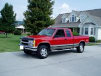 It is a 1998 chevrolet 1500 silverado 4x4 / z71 3-door