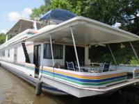 For sale by owner: 1998 Stardust Houseboat 16 ft. x 80