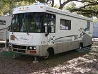 1998 Winnebago Adventurer Class A. This 30 foot RV has