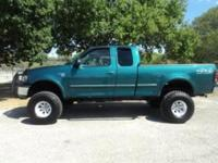 Options Included: N/AThis 1998 Ford F-150 is in