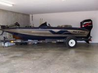 Up for sale is a 17' 1998 Nitro 700 LX bass boat with a