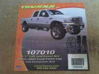 The 1999-2004 F250/350 Superduty 4x4 Truxxx Ford