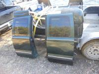 6ft beds no rust no gates $700 green bed rear ends 3.42