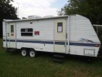 1999 25ft. TERRY Travel Trailer AC