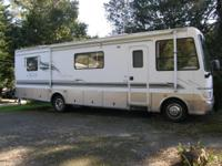 Stock Number: 722255. 1999 31 ft class A Motor home.