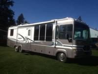 Stock Number: 713346. Beautiful 37 ft motorhome w/