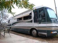 Type of RV: Class A - Diesel Pusher Year: 1999 Make: