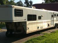 Stock Number: 726846. 44ft 3 horse trailer, all