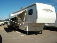 1999 Alfa Leisure 5TH WHEEL Model: 35RLTES241 ****