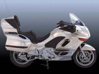Uncompromised comfort and efficiency. 1999 BMW K 1200